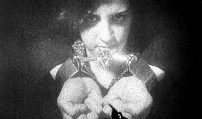 Os Estranguladores (1908)
