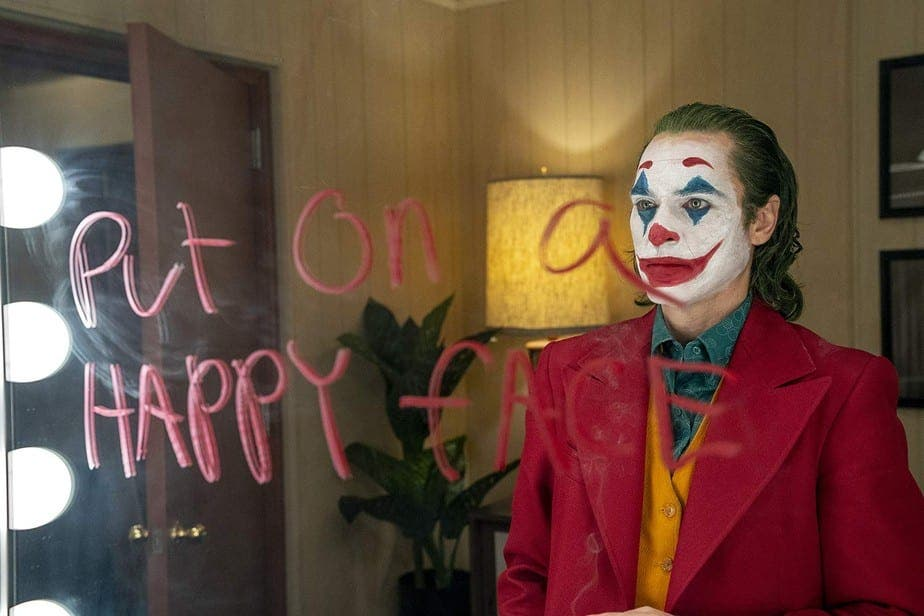 Joaquin Phoenix interpreta Coringa no novo filme da DC Comics