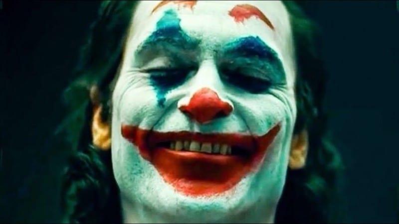 Joaquin Phoenix como o Coringa